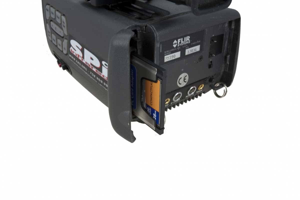 The SC 1000 infrared camera SD card slot
