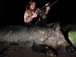 Big hog shot by a woman with an X28 thermal scope