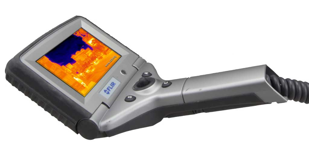 The colorful LCD screen of the FLIR P40 infrared camera