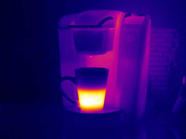 A picture of a coffee maker taken with the PM 640 Infrared Camera